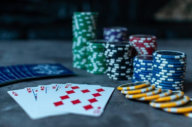 Siti di online poker non AAMS